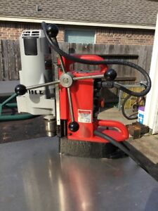 Milwaukee 4202 Electromagnetic Variable Speed Magnetic Drill Pres