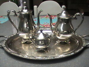 Vintage Wm Rogers Son Victorian Rose Coffee Tea Set Serving Tray