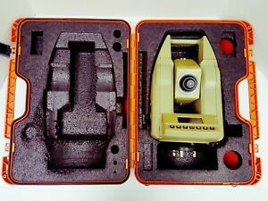 Leica Tc600 Total Station W Hard Case non working parts Only