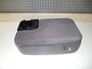 98 04 Ford Ranger Center Console Arm Rest Storage Box Cup Holder Armrest Oem