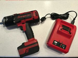Snap on Ct8850 18 V 1 2 Drive Cordless Impact Wrench 2280 Bpm 700 Ft lb