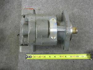 Parker Commercial 324 9114 605 Hydraulic Pump