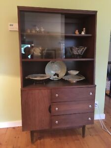 Mid Century Modern China Cabinet Stanley Furniture Mcm Hutch 1960s