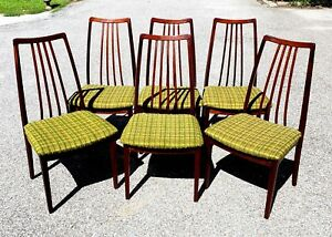 Set Of Six Mid Century Danish Modern Rosewood Dining Chairs