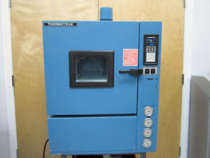 Thermotron S 1 2c 2800 Environmental Temperature Test Chamber 73 C To 180 C