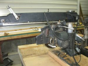 De Walt Radial Arm Saw
