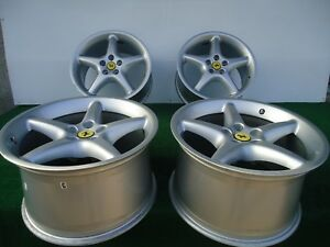 Set Of 4 2000 01 Ferrari 550 Maranello Factory Rims 18 P n 179378 179379 Oem