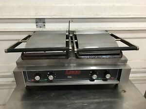 Lang Manufacturing Pb 24 Electric Double Side Panini Grill