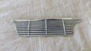 1961 Pontiac Starchief Ventura Catalina Bonneville Dry Desert Right Grill
