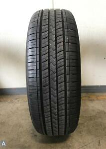 1x P225 60r18 Kumho Solus Kh16 8 5 32nds Used Tire