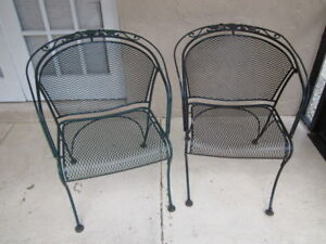 Russell Woodard Sculpture Wire Vintage Patio Chair Set Of Two No Shipping