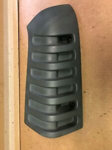 01 Gmc Savannah Conversion Van Right Passenger Side Rear Quarter Cowl Cap Cover