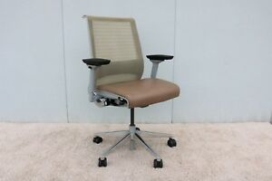 Steelcase Ergonomic Think Task Desk Chair Fully Adjustable In 3d Knit Mesh Back
