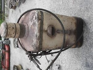 Aro Air Pneumatic Grease Pump Greaser Antique Old Gas Station Tool Works