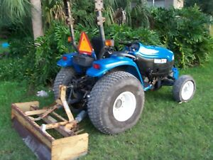 New Holland Tc33d Tractor With Box Blade And Super Steer 1459 Hours