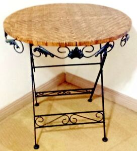 Stylish Wicker Wrought Iron Foldable 27 5 Round Table Vintage Euc Local Pick Up