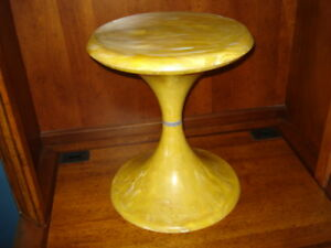 Eames Era Plastic Butterscotch Swirl Tulip Side End Table Mid Century Modern