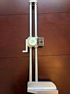 Mitutoyo 18 Dial Height Gage With Stand