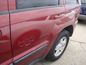 2005 10 Jeep Grand Cherokee Driver Side Left Rear Door Assembly Red Code Pem