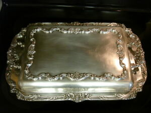Gorgeous Massive Reed Barton King Francis 1668 Silver Plate Deep Dish Serving