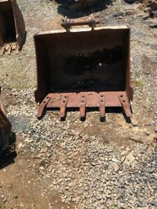 Cat 305 304 Bucket With Pins Used