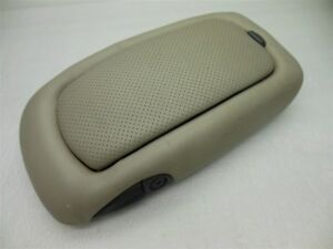 99 00 Yukon Denali Escalde Center Console Lid Arm Rest Tan