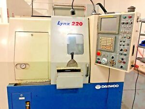 Daewoo Lynx 220 Horizontal Machining Center