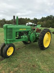 John Deere 1941 A Antique Tractor