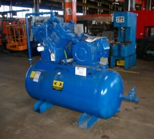 24 Hp Quincy Air Cooled 2 Stage 4 Cylinder Pressure Lubricated Air Compressor
