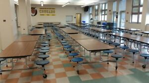 Closeout Surplus Cafeteria Lunchroom Tables 12 For Only 2400 Obo Can Ship