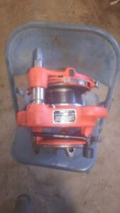 Used One Day Ridgid Exposed Ratchet Manual Pipe Threader 141 2 5 To 4