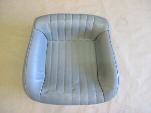 93 95 Firebird Trans Am Light Gray Leather Rear Lower Seat Bottom 0421 36