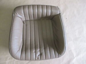 93 95 Firebird Trans Am Tan Leather Rear Lower Seat Bottom 0423 19