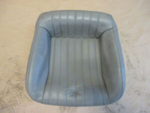 93 95 Firebird Trans Am Light Gray Leather Rear Lower Seat Bottom 0802 1