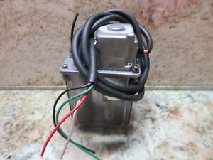 Lube Corp Automatic Lubricator Mlz Synchronous Motor Kiwa Excel 510 colt Mill