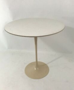 Knoll Saarinen Vtg Mid Century Modern White Tulip Side End Table