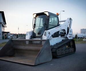 Bobcat T870 Skid Steer 2 Buckets Forks