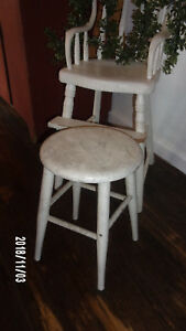 Antique Primitive Wooden Pegged Milking Stool Old White Paint Farmhouse Aafa