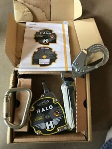 Guardian Halo 11 Web Retractable With Shock Pak And Carabiner