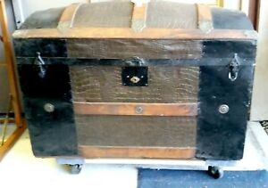 Antique Vintage Storage Travel Chest Steamer Trunk Humpback Domed Round Top