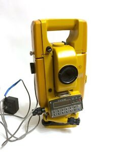 Powers On Topcon Gts 2r Theodolite Total Station Land Survey Scope Contractor