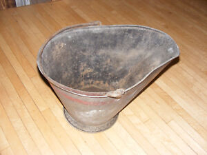 Antique Coal Scuttle Bucket Vtg Primitive Metal Ash Shovel Bail Handle