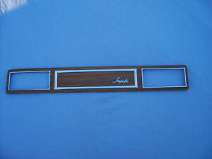 Nos 1975 Chevrolet Impala With Air Conditioning Woodgrain Dash Insert 346605