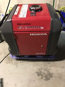 Honda Eu3000is Portable Inverter Generator Rv Hunting Camping Generater