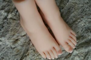 New Lifesize Realistic Silicone Foot Mannequin Fetish 1 Pair Jewelry Display 12