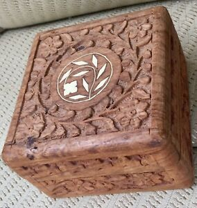 Hand Carved Square Wood Trinket Jewelry Box India W Floral Inlay Velvet