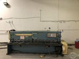 Amada M 3045 Power Squaring Shear