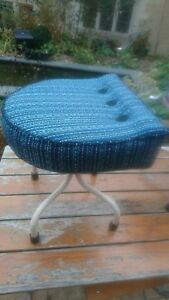 Fab Funky Vintage Retro Mcm Industrial Machinist S Buttoned Stool Turquoise Wool
