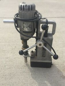 Jancy Slugger Magnetic Drill Press Mag Drill Jm 2000nv With Cutter