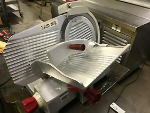 Berkel 825e plus 10 1 4 Hp Manual Gravity Feed Entry Series Slicer